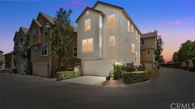 13015 New Haven Loop, Riverside, CA 92503 (#OC21095057) :: A G Amaya Group Real Estate