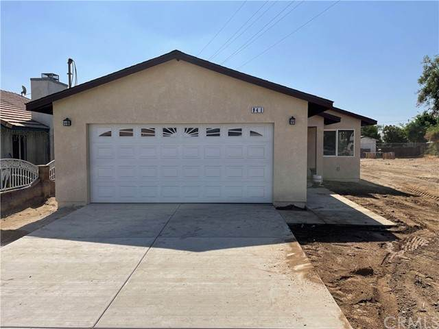 941 Fernando, Colton, CA 92324 (#IV21098319) :: Mainstreet Realtors®