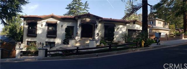 5401 Palm Drive, La Canada Flintridge, CA 91011 (#AR21098400) :: The Brad Korb Real Estate Group