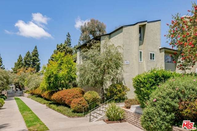4802 Hollow Corner Road #121, Culver City, CA 90230 (#21729144) :: Team Forss Realty Group