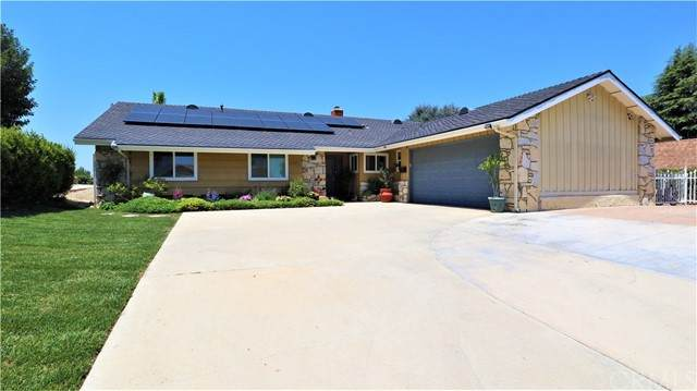 20405 Shadow Mountain Road, Walnut, CA 91789 (#TR21098497) :: Team Forss Realty Group
