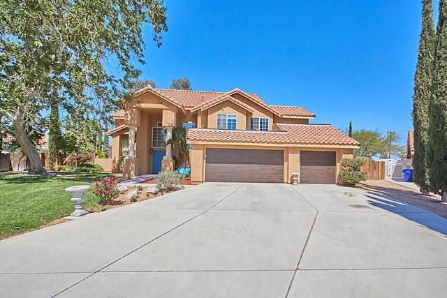 12470 Pocono Place, Apple Valley, CA 92308 (#534859) :: American Real Estate List & Sell
