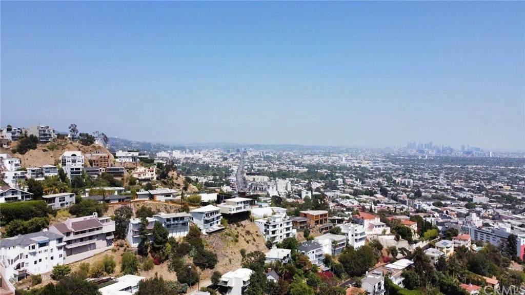 8637 Hollywood Boulevard - Photo 1