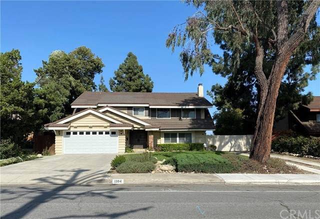 1384 Oxford Avenue, Claremont, CA 91711 (#CV21097212) :: American Real Estate List & Sell