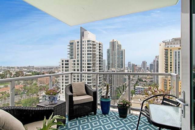 850 Beech #1502, San Diego, CA 92101 (#NDP2105110) :: Mint Real Estate