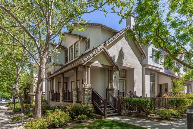 366 Flower Lane, Mountain View, CA 94043 (#ML81843003) :: Team Forss Realty Group