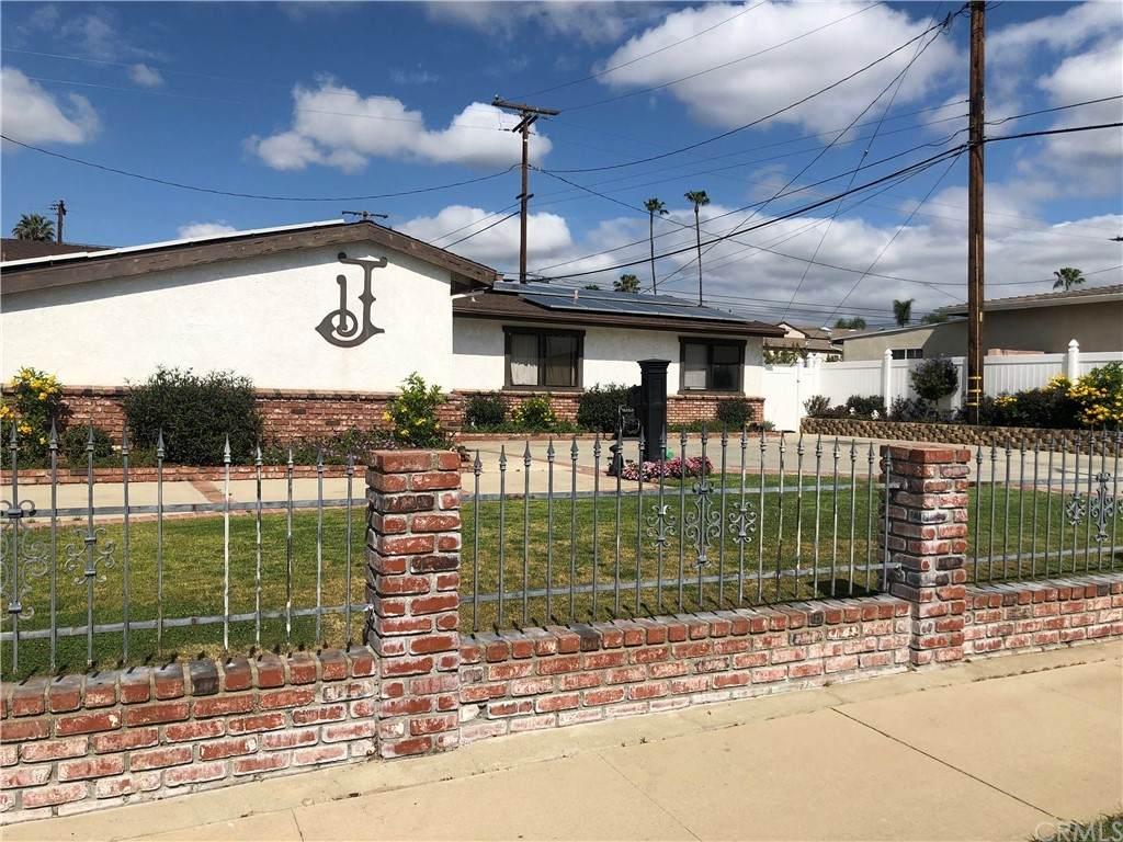183 N Forestdale Avenue, Covina, CA 91723 (#OC21098866) :: Compass