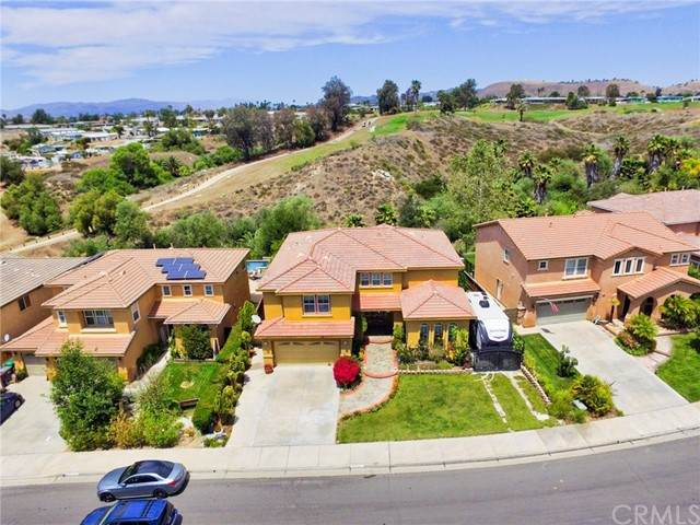 38621 Clearbrook Drive, Murrieta, CA 92563 (#IG21097431) :: Realty ONE Group Empire