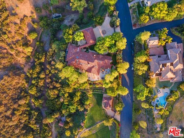 1350 Country Ranch Road, Westlake Village, CA 91361 (#21729048) :: Power Real Estate Group