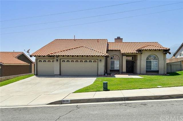 3838 N Flame Tree Avenue, Rialto, CA 92377 (#IV21098820) :: Realty ONE Group Empire