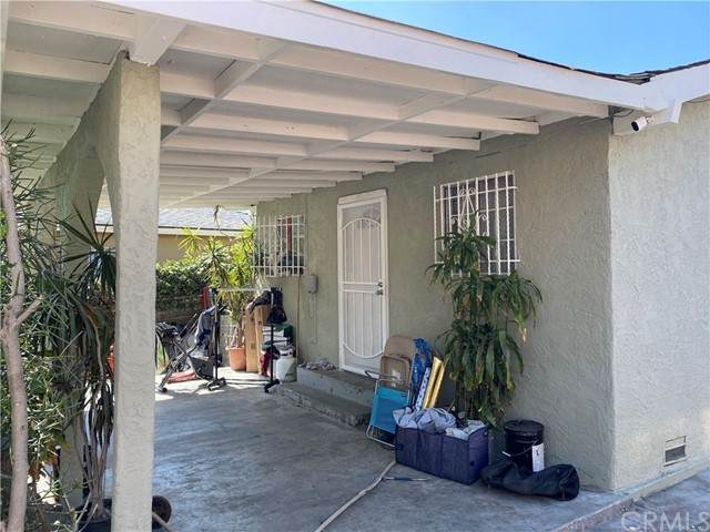 1405 E Cruces Street, Wilmington, CA 90744 (#SB21099129) :: Power Real Estate Group