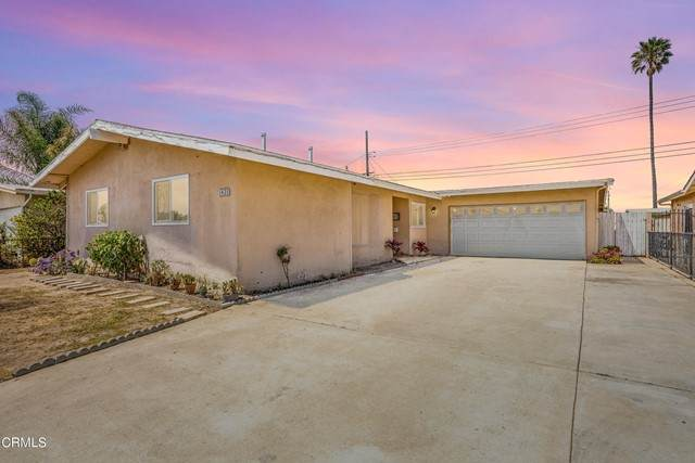 1421 Rialto Street, Oxnard, CA 93035 (#V1-5673) :: Massa & Associates Real Estate Group | eXp California Realty Inc
