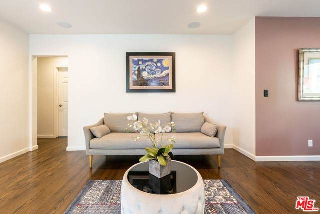 8116 Romaine Street, West Hollywood, CA 90046 (#21729652) :: Mint Real Estate