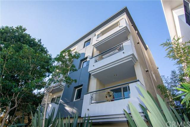 1529 S Westgate Avenue #101, Los Angeles (City), CA 90025 (#OC21099277) :: The Costantino Group | Cal American Homes and Realty