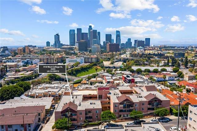918 W College Street #205, Los Angeles (City), CA 90012 (#RS21099252) :: Steele Canyon Realty