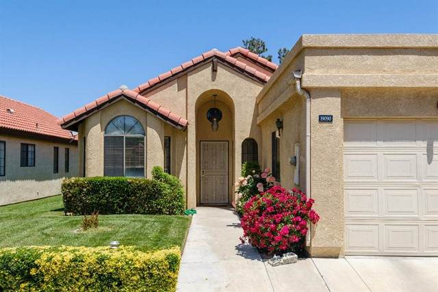 19090 Frances Street, Apple Valley, CA 92308 (#534967) :: Realty ONE Group Empire