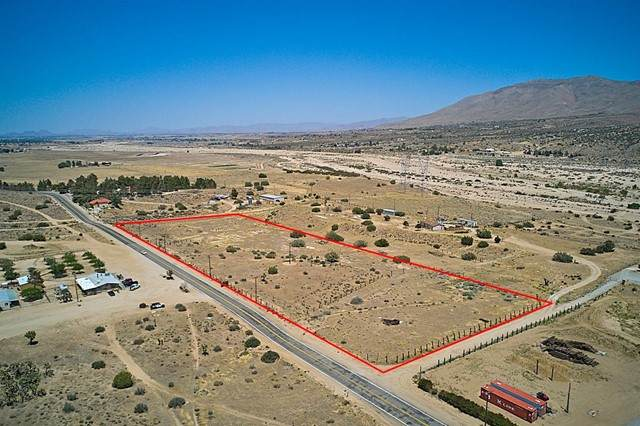 6263 Arrowhead Lake Road, Hesperia, CA 92345 (#535013) :: Realty ONE Group Empire