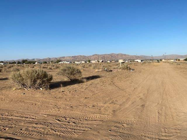 0 Quantico Road, Apple Valley, CA 92307 (#535025) :: Realty ONE Group Empire