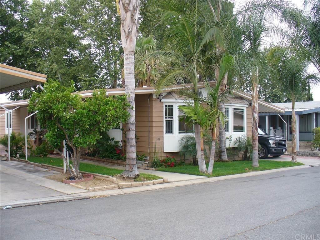 3663 Buchanan Street #104, Riverside, CA 92503 (#IV21099721) :: RE/MAX Masters