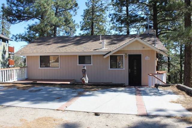 216 Turlock Drive, Big Bear, CA 92314 (#219061834PS) :: Bob Kelly Team