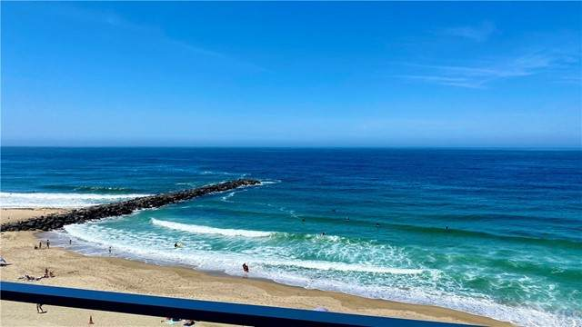 615 Esplanade #409, Redondo Beach, CA 90277 (#SB21099593) :: Frank Kenny Real Estate Team
