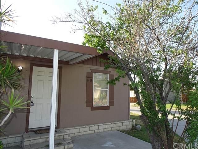5800 Hamner Avenue #68, Eastvale, CA 91752 (#CV21089124) :: Compass