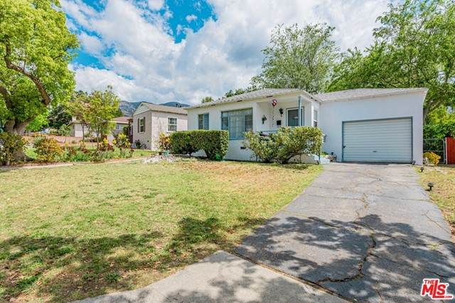 9950 France Avenue, Tujunga, CA 91042 (#21729640) :: The Brad Korb Real Estate Group