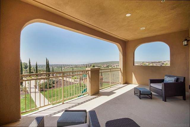 3188 Via Ponte Tresa, Chula Vista, CA 91914 (#210012479) :: The Costantino Group | Cal American Homes and Realty