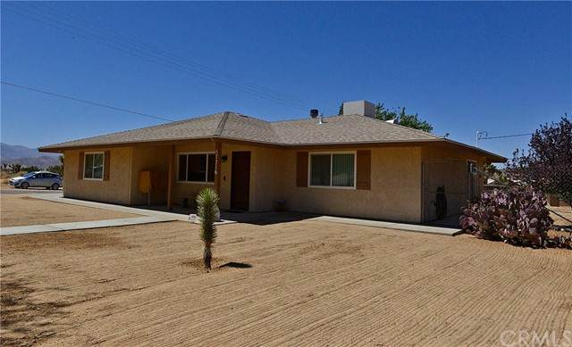 57716 Juarez Drive, Yucca Valley, CA 92284 (#JT21099769) :: RE/MAX Masters