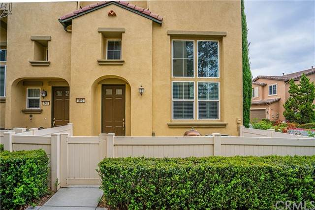 540 W Linden Drive, Orange, CA 92865 (#PW21099933) :: Compass