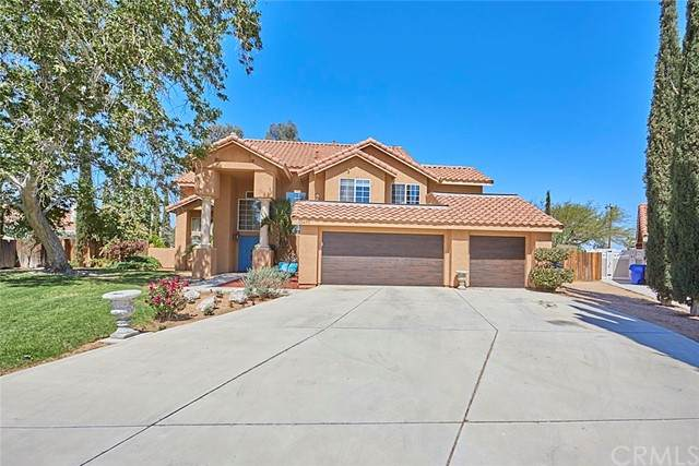 12470 Pocono Place, Apple Valley, CA 92308 (#IV21100084) :: Realty ONE Group Empire