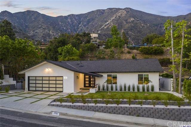 2743 Pinelawn Drive, La Crescenta, CA 91214 (#320006038) :: Team Forss Realty Group