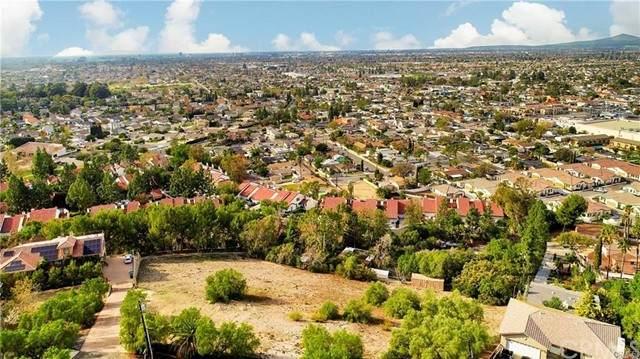12308 Circula Panorama, Santa Ana, CA 92705 (#PW21092538) :: Compass