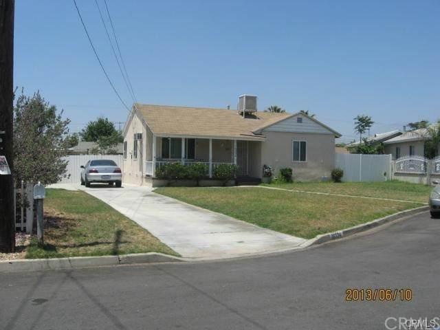 16334 El Molino Court, Fontana, CA 92335 (#IV21100128) :: Team Forss Realty Group