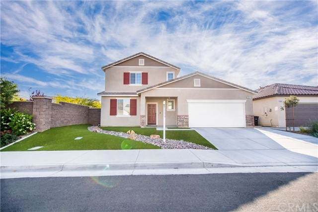 29347 Sword Fern, Lake Elsinore, CA 92530 (#SW21089500) :: Realty ONE Group Empire