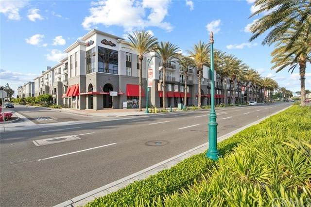 1801 E Katella Avenue #4019, Anaheim, CA 92805 (#PW21094897) :: Power Real Estate Group