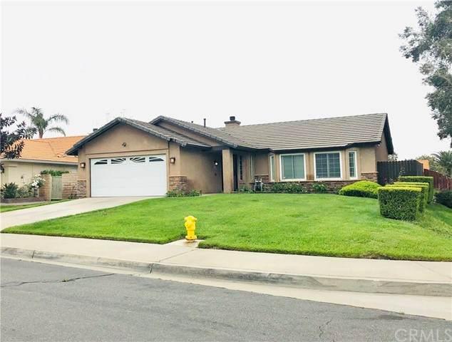 2667 W Loma Vista Drive, Rialto, CA 92377 (#CV21099506) :: The Alvarado Brothers