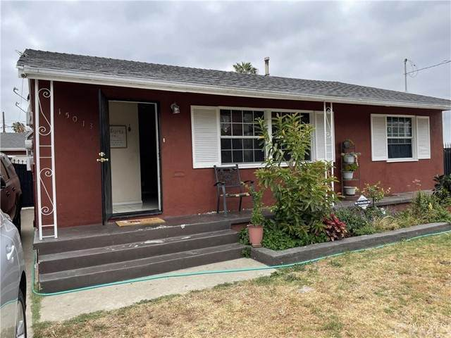 15013 Halldale Avenue, Gardena, CA 90247 (#SB21100476) :: Steele Canyon Realty
