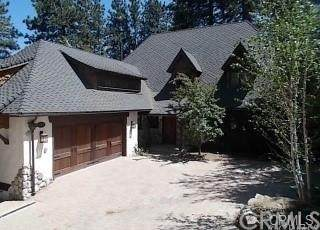 281 Chipmunk Drive, Lake Arrowhead, CA 92352 (#IV21100633) :: Zutila, Inc.