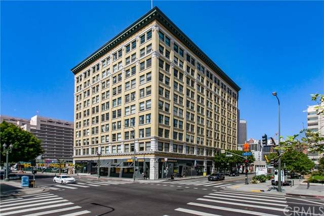 108 W 2nd Street #605, Los Angeles (City), CA 90012 (#AR21062929) :: Frank Kenny Real Estate Team