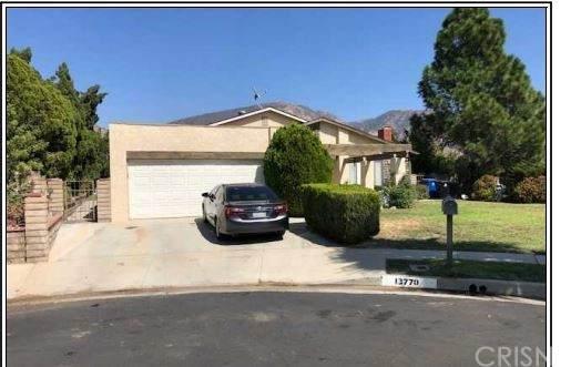 13770 Linfield Avenue, Sylmar, CA 91342 (#SR21099139) :: Team Forss Realty Group