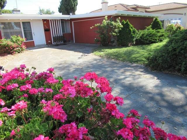 1210 Prescott Avenue, Sunnyvale, CA 94089 (#ML81843346) :: Power Real Estate Group