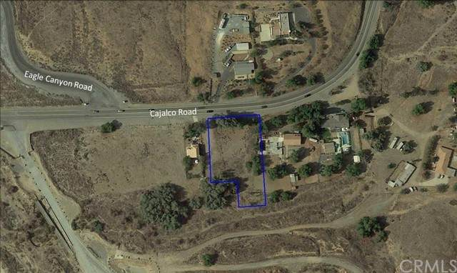 9039 Cajalco Road, Corona, CA 92881 (#IV21100108) :: The DeBonis Team