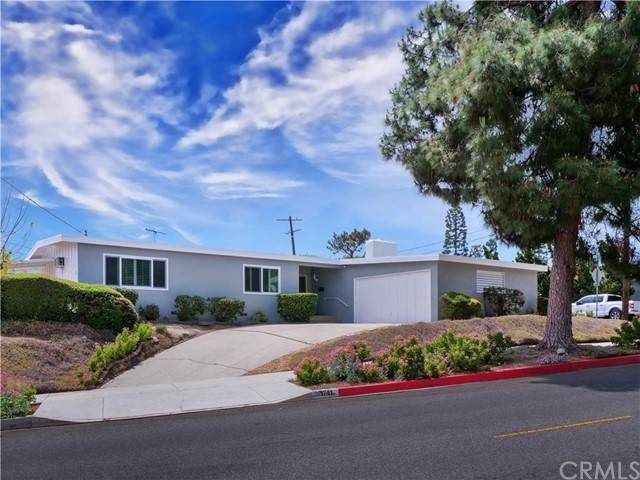 1741 W 1st Street, San Pedro, CA 90732 (#PV21100909) :: Mainstreet Realtors®