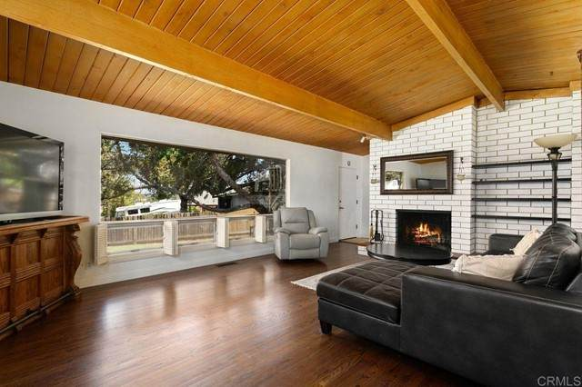 2120 Alexander Drive, Escondido, CA 92025 (#NDP2105215) :: Power Real Estate Group