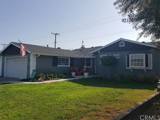 15871 Carrie Lane, Huntington Beach, CA 92647 (#OC21101035) :: Steele Canyon Realty