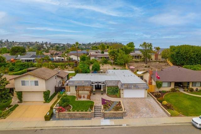 6692 Bonnie View Drive, San Diego, CA 92119 (#210012579) :: Mint Real Estate