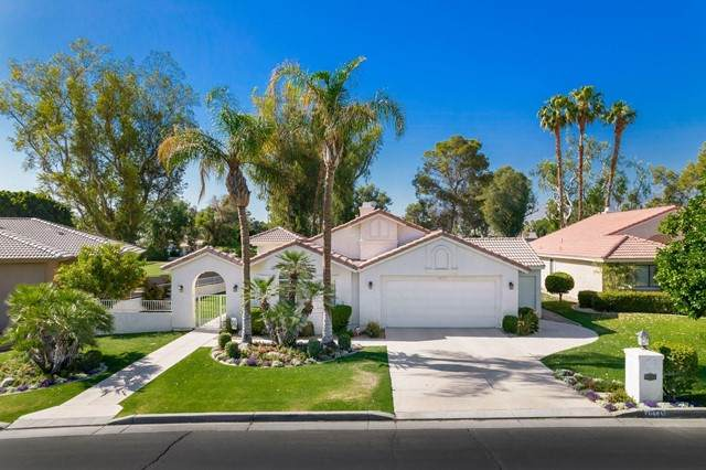 40145 Sweetwater Drive, Palm Desert, CA 92211 (#219061926DA) :: Team Forss Realty Group