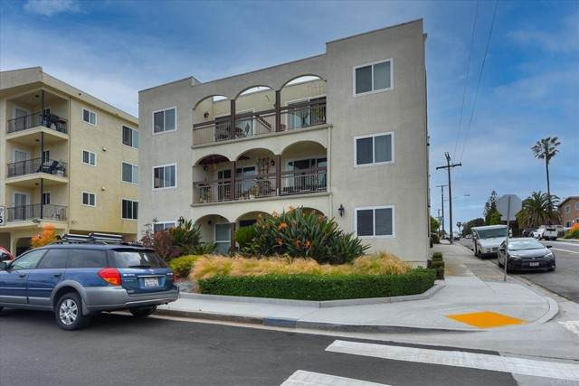 4092 Crown Point Dr.Unit 8, San Diego, CA 92109 (#NDP2105237) :: Frank Kenny Real Estate Team