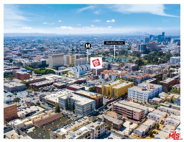 1812 W 5Th Street, Los Angeles (City), CA 90057 (#21730938) :: Frank Kenny Real Estate Team